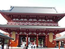浅草寺 宝蔵門裏