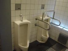 昌平橋公衆トイレ