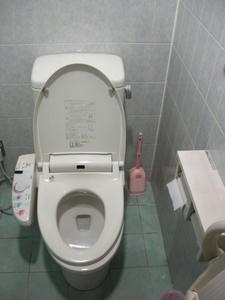 マルフジ福生店トイレ