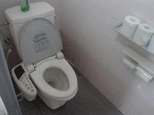 コジマNEW井草店 外トイレ