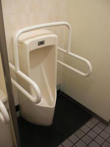 西友国領店トイレ