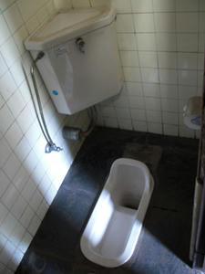 浴恩館公園トイレ