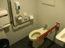 日本科学未来館 1階多目的トイレ