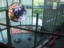 日本科学未来館 3階展示ルーム内トイレ