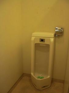 オリンピック国立店トイレ