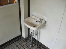 東福生駅東口公園トイレ