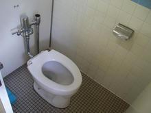 三鷹図書館 1階トイレ