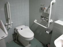ニトリ府中店 1階多目的トイレ