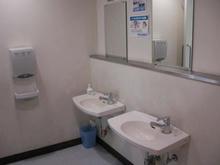 でんきち小平店 1階トイレ