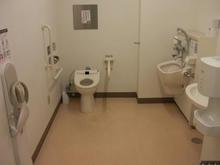 サミットストア向台町店 2階多目的トイレ