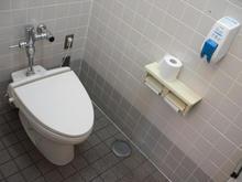 いなげや三鷹牟礼店 2階トイレ