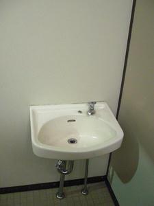 さいかち公園トイレ