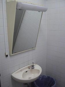 ドンキホーテ五日市街道小金井公園店 外多目的トイレ