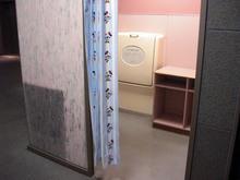 東久留米市役所1階 市民ひろば多目的トイレ