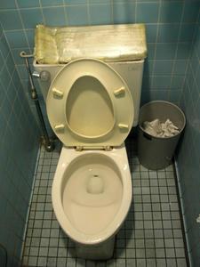 コープ小金井ぬくい坂下店トイレ