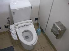 ケーズデンキ立川本店 1階トイレ
