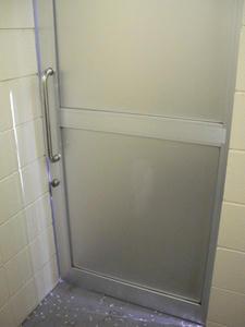 湖南菖蒲園多目的トイレ