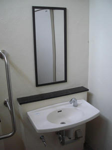 南台3丁目公園 多目的トイレ