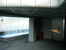 ウエストプロムナード 滝の広場トイレ