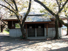 羽村堰トイレ