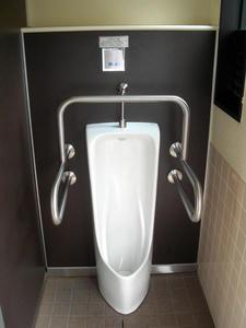 梶野公園トイレ