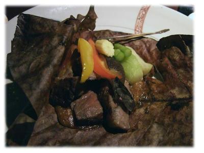 牛肉の朴葉焼き2