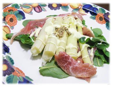 ホワイトアスバラガスのサラダ