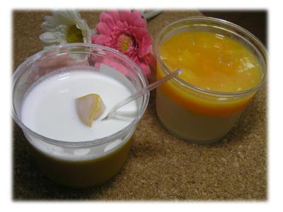マンゴープリンとマンゴー杏仁豆腐