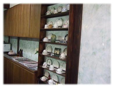 コーヒー茶碗棚