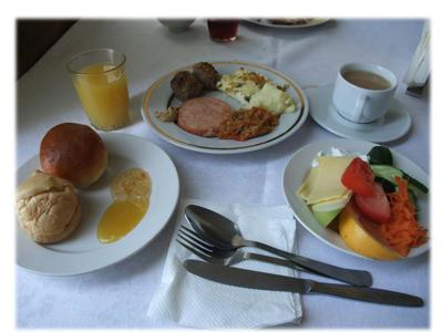 ホテルの朝食3