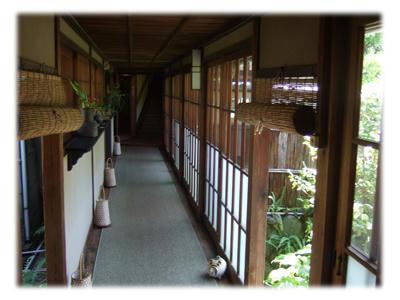 迷路のような廊下