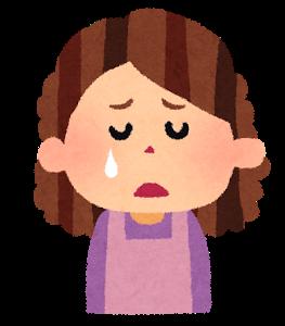 泣き寝入りする保育士