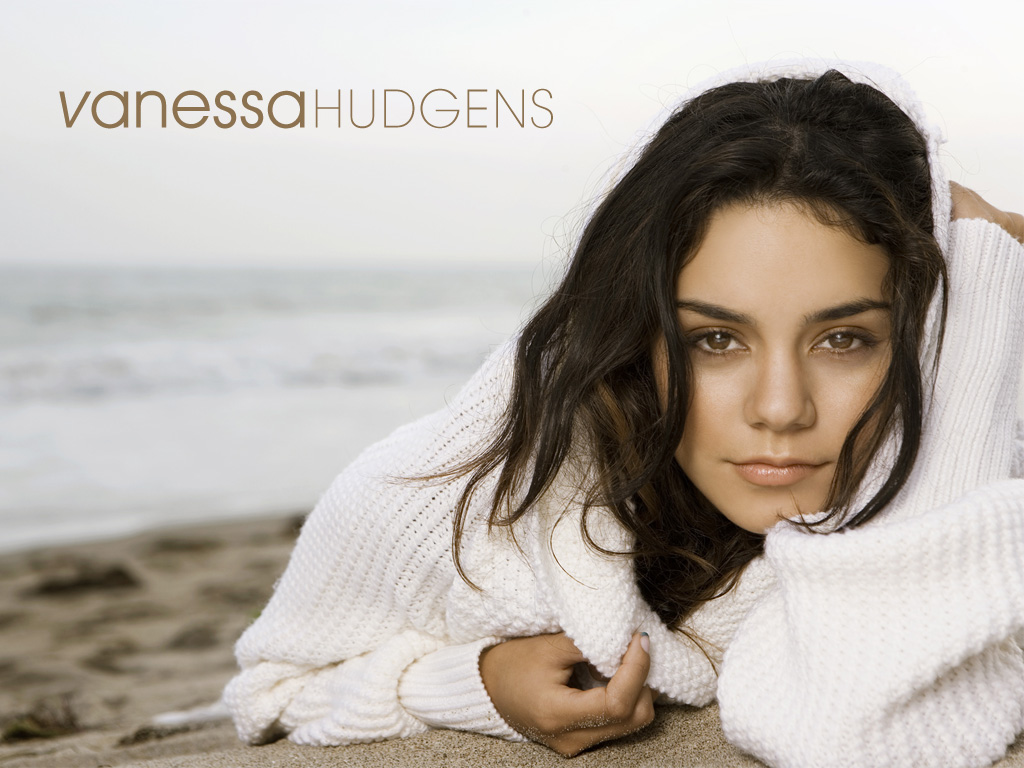 Vanessa Hudgens Sexy Wallpapers 1