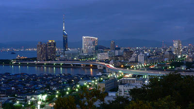 境内から福岡市街の夜景