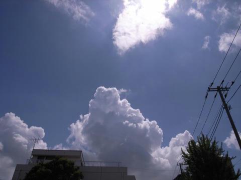 入道雲を照らして