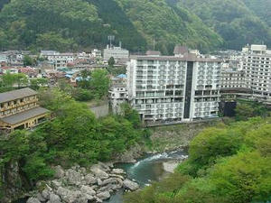 GW旅行,ゴールデンウィーク,栃木県名所,日光,いろは坂,鬼怒川温泉,鬼怒川御苑