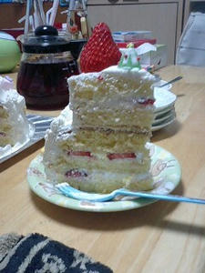 手作り誕生日ケーキ,バースデーケーキ,2段重ねケーキ,豪華なケーキ