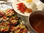 【ケチャライスと米ナスのピザ風チーズ焼とオニオンスープ】