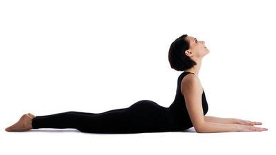Bài tập giúp kéo giãn cột sống thắt lưng