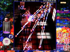 ザコ妖精の小弾が時間差でレーザーに変化!これも紺珠伝5面の弾幕