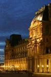 400px-Le_Louvre_-_Aile_Richelieu.jpg