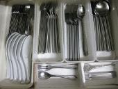 整理、収納、大掃除のやり方/食器棚 掃除後