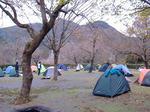 難民キャンプ。