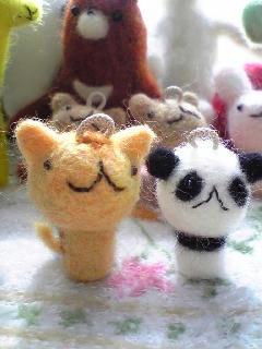 猫とパンダ
