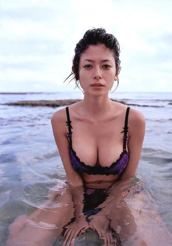 http://blog.cnobi.jp/v1/blog/user/a8c5c06266ed65ea9b67299e90592fa7/1291525043