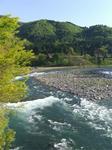 庄川。であい橋の上より。