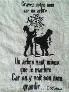 Gravez votre nom sur un arbre...