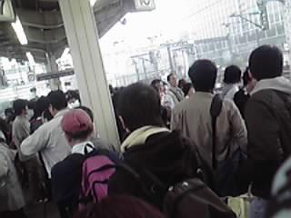 GW初日東京駅ホーム