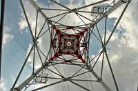 送電線の鉄塔