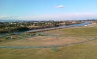 荒川に架かる治水橋上から群馬・栃木方面